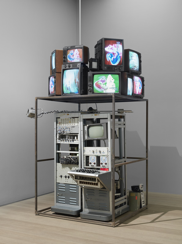 Paik, Video-Synthesizer, 1969/92, Kunsthalle Bremen